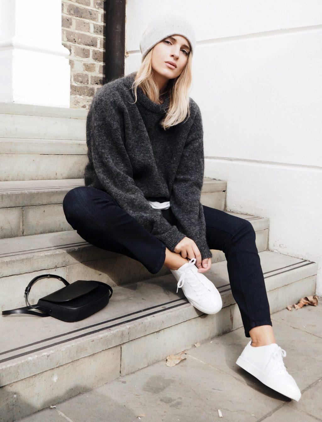 Un jean noir est la meilleure option pour tous les jours (50 photos)